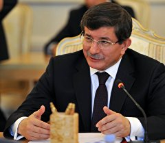 Түркиянын премьер-министри Ахмет Давутоглу. Архив