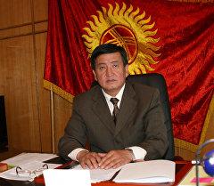 Директор Государственной кадровой службы Сооронбай Жээнбеков. Архивное фото