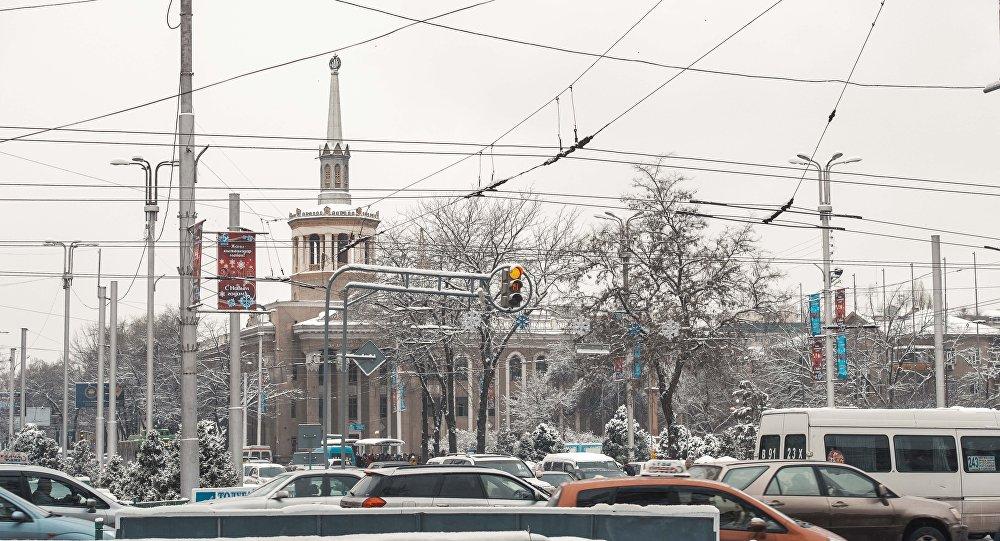Бишкек шаарынын Чүй проспекти. Архивдик сурөт