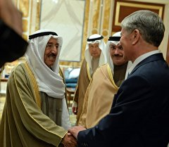 Алмазбек Атамбаев иш сапарынын алкагында Кувейт мамлекетин эмири Шейх Сабах Аль-Ахмад Аль-Джабер Аль-Сабах менен.