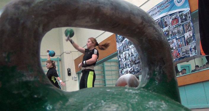 Первая в КР мастер спорта гиревик — некоторые парни меня пугаются