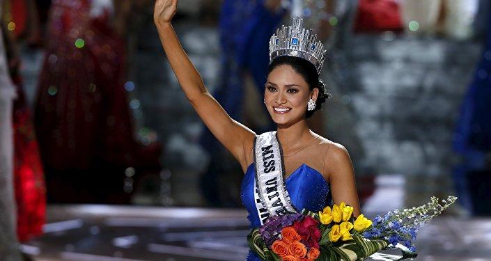 Представительница Филиппин Пия Алонсо Вуртсбах (Pia Alonzo Wurtzbach) завоевала титул Мисс Вселенная-2015
