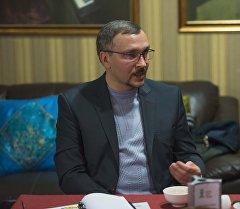 Бизнес-тренер и директор интернет-агентства Сергей Гусаков.