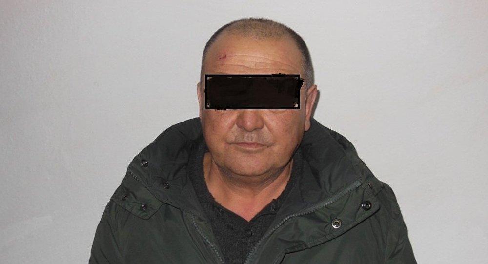 Задержанный подозреваемый в убийстве десятилетней девочки в городе Каракол