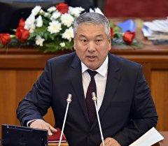 Жогорку Кеңештин V жана VI чакырылышынын депутаты Акылбек Султанов. Архив