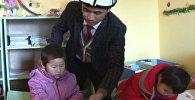 Безусый нянь. Первый мужчина в КР, открывший детсад рассказал о работе