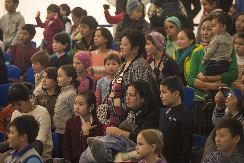 Первое представление прошло для детей из столичных детских центров и приютов