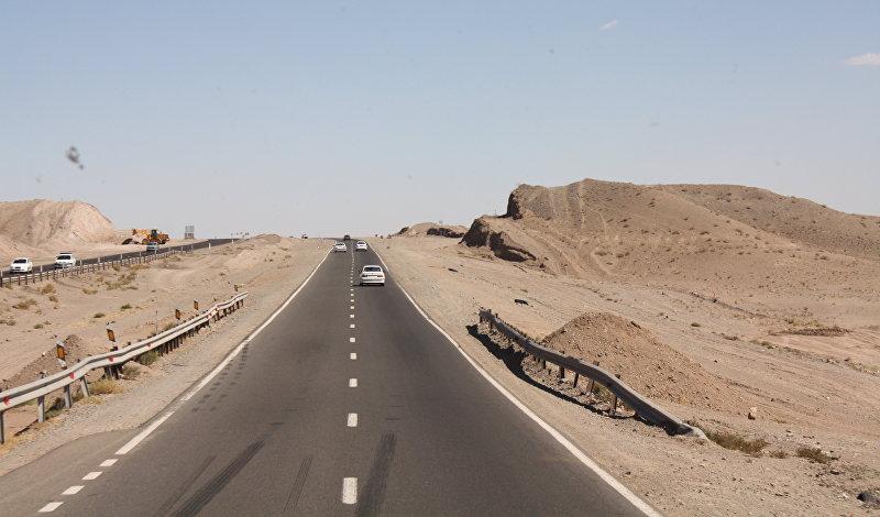 Междугородная трасса в Иране с односторонним движением