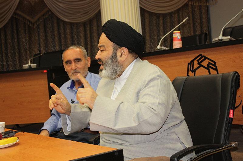 Президент университета господин Сейид Абульхасан Наваб