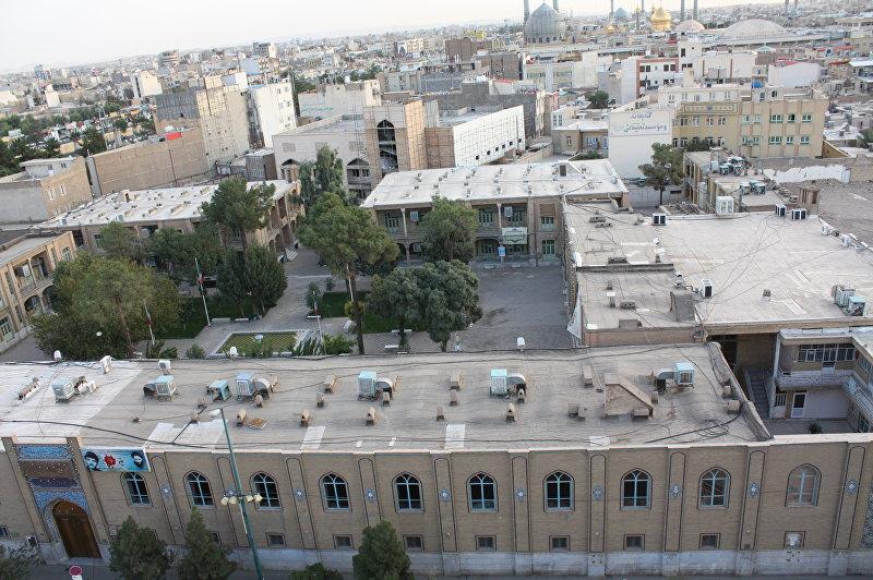 Вид на здания Кума