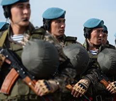 Военнослужащие подразделения Вооруженных сил Казахстана на учениях. Архивное фото