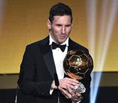 Барселона клубунун чабуулчусу Лионель Месси бешинчи жолу ФИФАнын Алтын тобуна жетти.