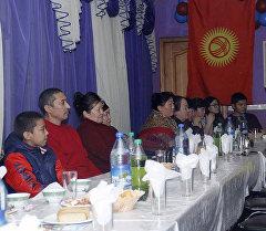 Гости на открытии благотворительного фонда в городе Красноярск