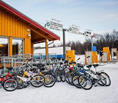 Велосипеды у КПП на российско-норвежской границе. Архивное фото