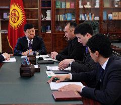 Премьер-министри Темир Сариев энергетикалык маселеге арналган кеңешме учурунда.