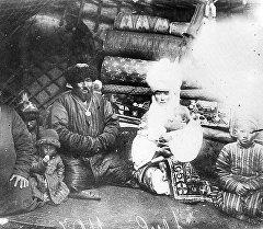 Байыркы сүрөттөгү кыргыздар. Архив