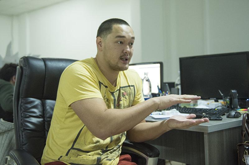 Арт-директор брендингового агентства, дизайнер Кадыр Батырканов