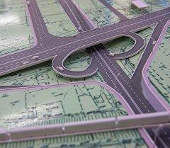 План моста в одном из пересечении центральных улиц Бишкека. Архивное фото