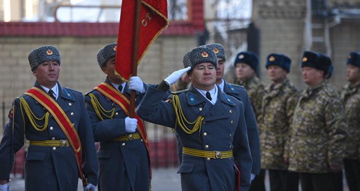 Госкомитет является новой структурой, так как Министерство обороны в стране было упразднено.