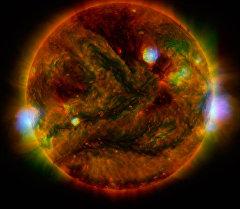 Солнце — единственная звезда Солнечной системы. Архивное фото