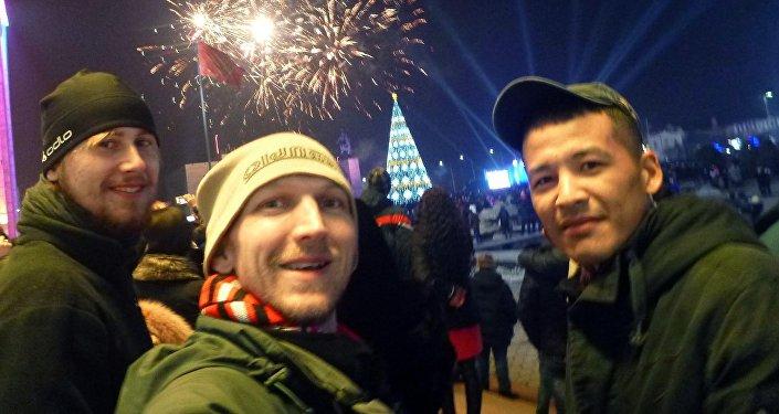 Во время встречи Нового года на площади Ала-Тоо.
