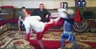Маленькие кикбоксеры из Кыргызстана покорили Казнет