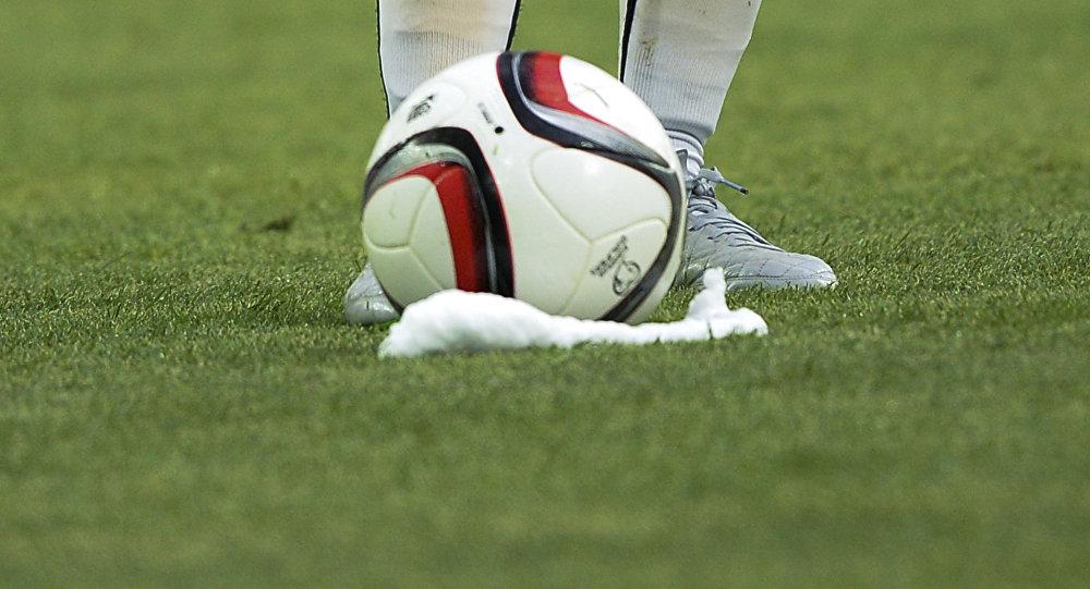 Футбольный мяч. Архивное фото