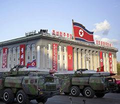 Баллистическая ракета KN-08 Северной Кореи напоказе в Пхеньяне. Архивное фото