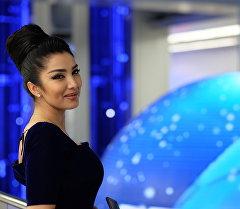 КВН Азия MIX командасынын катышуучусу Ситора Фармонова. Архив