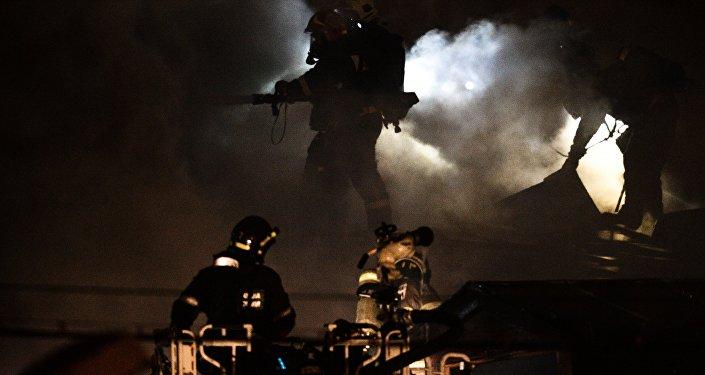 Пожар на швейном предприятии на востоке Москвы. Архивное фото