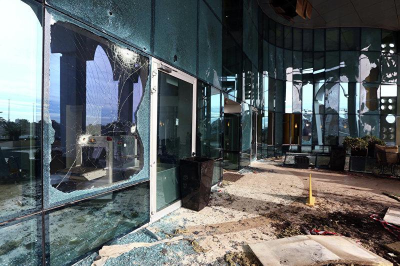 Пять иностранных заложников, захваченных боевиками группировки Исламское государство в отеле Corinthia в центре Триполи, погибли