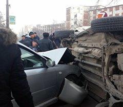 Бишкекте үч кагышкан жол кырсыгы.