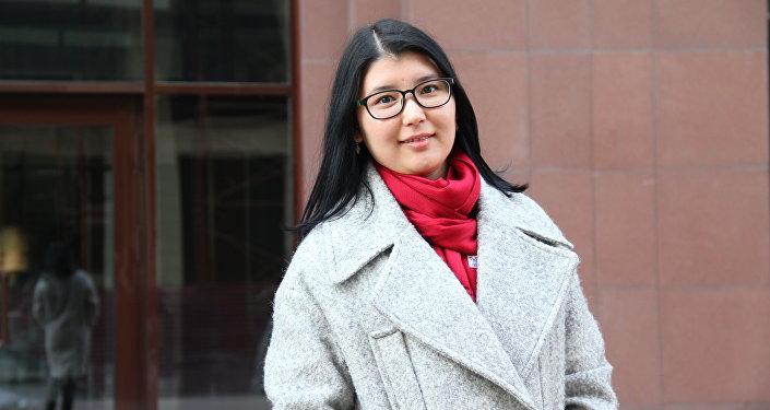 Кыргызстанка которая учится в Сеуле Адинай Ерматова.