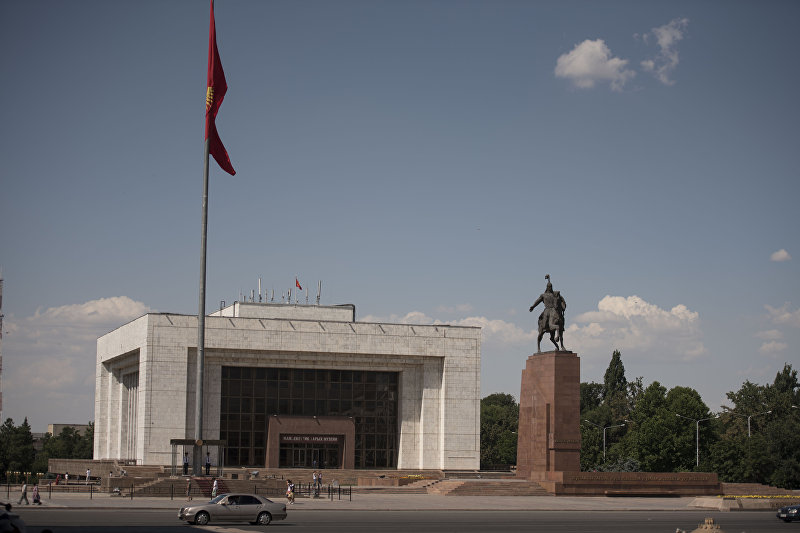 Центральная площадь Ала-Тоо в Бишкеке. Архивное фото