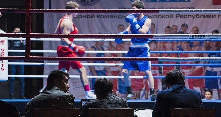 Бүгүн, 7-февралда Советтер Союзунун баатыры Дүйшөнкул Шопоковдун жаркын элесине арналган бокс боюнча эл аралык мелдеш жыйынтыкталды.