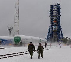 Ракета-носитель Союз-2.1б с новым аппаратом системы Глонасс, установленная на стартовом комплексе космодрома Плесецк в городе Мирный. Архивное фото