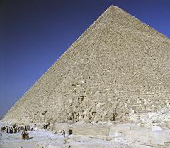 Египеттеги Хеопс пирамидасы. Архив