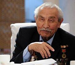 Тарас Токомбаев. Архив