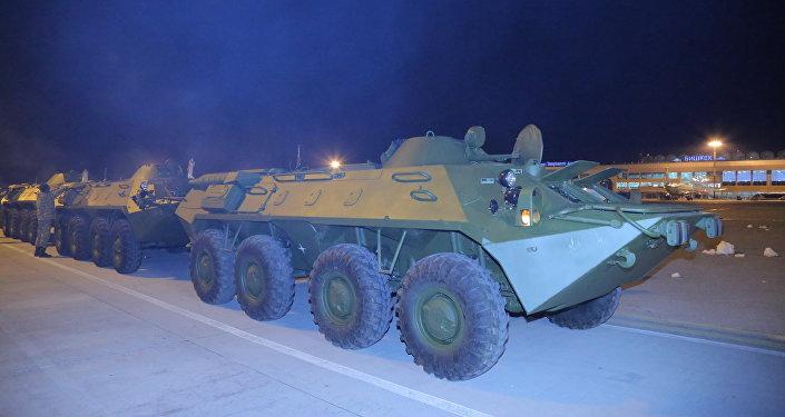 Мында россиялык тараптан толук комплектүү БТР-70М соот транспорту жана БТРдин механик-айдоочуларын интерактивдүү окутуу үчүн компьютердик жабдыктар тапшырылды