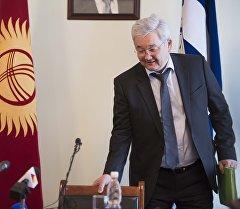 Бишкек шаарынын экс мэри Кубанычбек Кулматов. Архив
