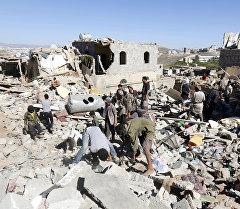 Сана шаарындагы кыйраган үйлөр, Йемен. Архив