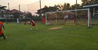 Отраженные удары, прыжки и танец — Антон Землянухин в роли вратаря