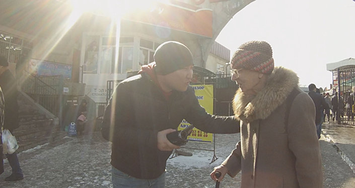 Реакция бишкекчан на предложение помощи от незнакомца в День добра
