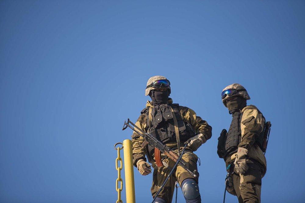 Жолугушуулар Улуттук гвардиянын командачылыгы менен Бишкек мэриясынын билим берүү башкармалыгынын жаштарды тарбиялоо аракеттеринин алкагында жүрүүдө