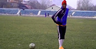 Гвинейский футболист из ошского Алаятанцует Кара жорго