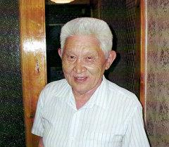 Кыргыздын тунгуч музыка таануучусу, ардактуу профессор Балбай Алагушев. Архив