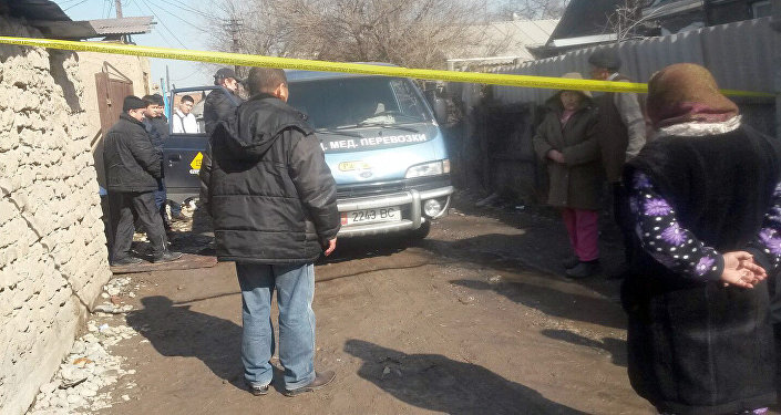 В жилом массиве Токольдош в поножовщине убили мужчину, еще один тяжело ранен.
