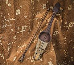 Кыргызские национальные музыкальные инструменты — кыл кыяк
