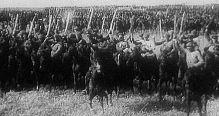 Рабоче-крестьянская Красная Армия: из добровольцев в профессионалы. Архив