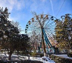 Бишкектин Панфилов паркындагы шайтан дөңгөлөгү. Архив